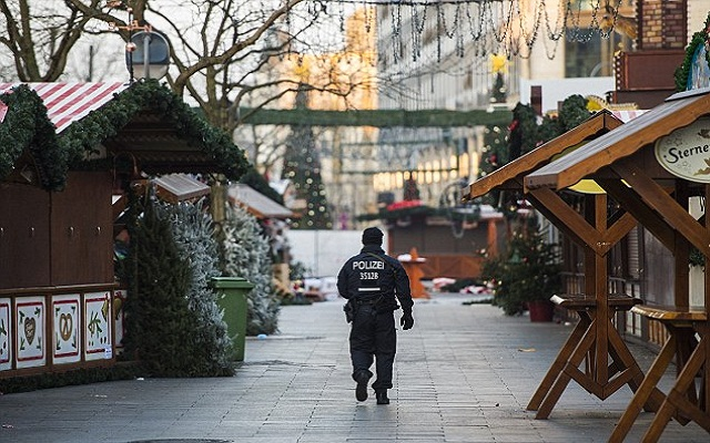 LLL-Live Let Live-Released Pakistani suspect for the Berlin truck attack is missing in Germany