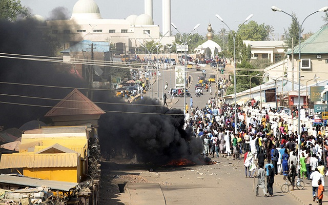 LLL-Live Let Live-Two girls aged 7-8 blow themselves up in Nigeria market, injuring at least 17 people