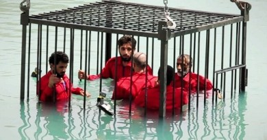 LLL-Live Let Live-ISIS jihadists execute man by drowning him in detergent liquid for supporting Iraqi forces