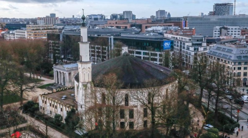 LLL-Live Let Live-Belgium authorities take over control of the largest mosque to prevent the radical Islamists