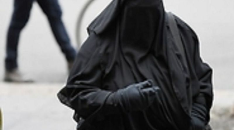 LLL-Live Let Live-ISIS recruiter's wife 'threatened' in court