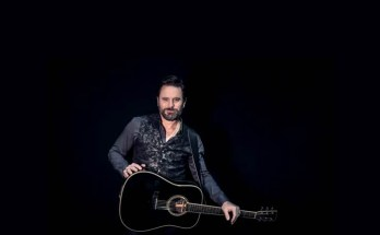 Gigs in Manchester - Charles Esten will headline at the Bridgewater Hall - image courtesy Christie Goodwin