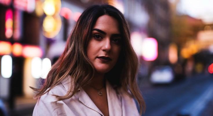 Manchester singer - Kate Anita