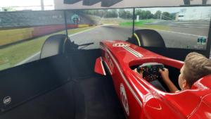 Evotek absent, c'est Wave Italy qui a proposé un simu de F1 pour présenter son pédalier
