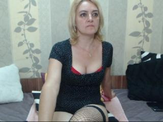 Maturediana Live Blonde Female Mature Brown Eyes Shaved Pussy Model