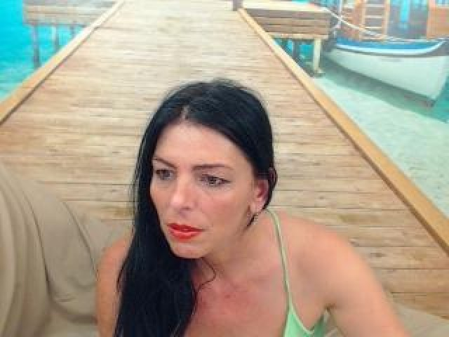 Yuliahungary Live Model Webcam Large Tits Mature Shaved Pussy Brown