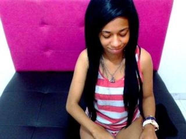 Latingirxxx Live Shaved Pussy Latina Brunette Webcam Brown Eyes Babe