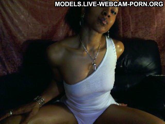 Hottncreamy Mozambican Cougar Milf 5 Stars Muscular Mature