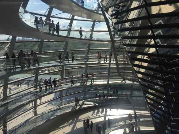 things to do in berlin - reichstag
