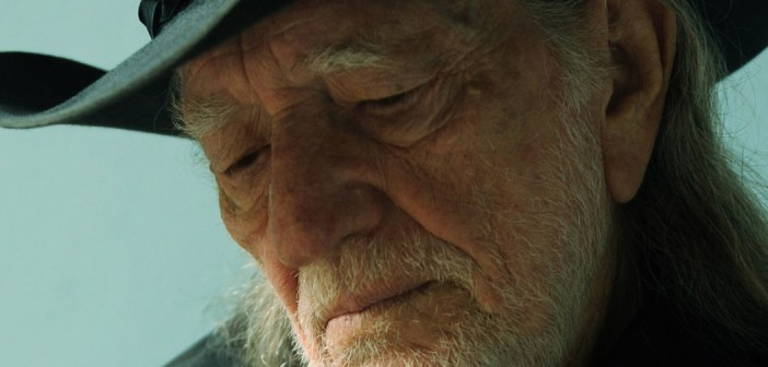 Willie Nelson Coming to Starlight Theatre