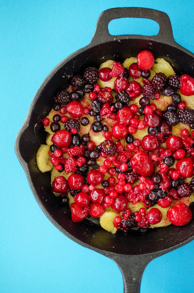 Berry Bulgur Breakfast Bake