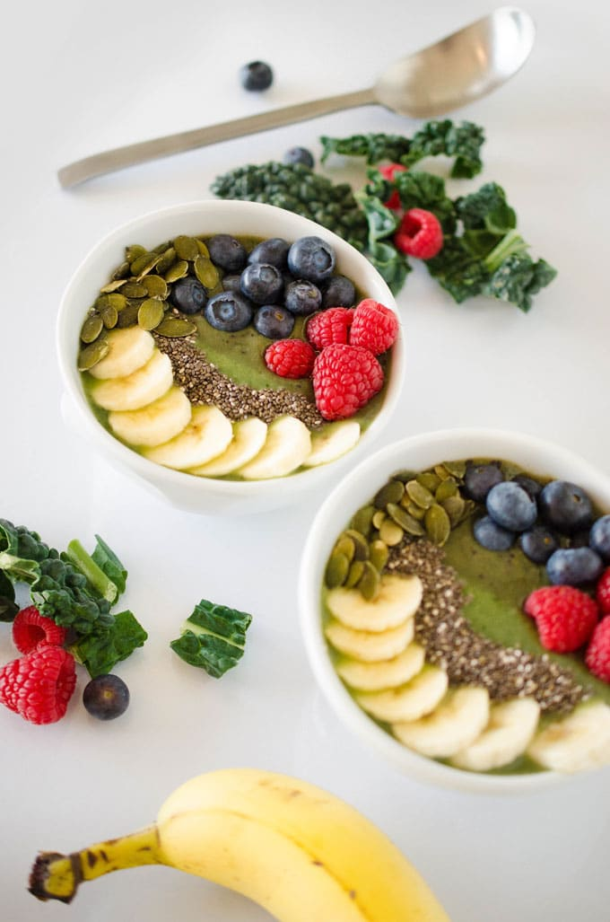 Two Toned Kale Smoothie Bowl
