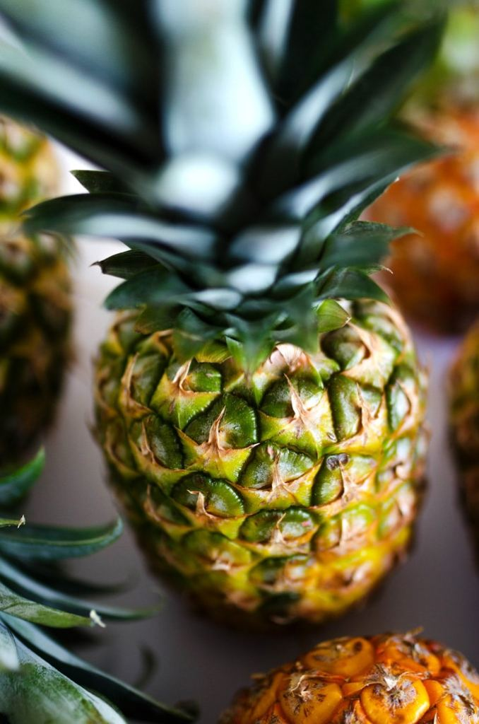 Picture of a pineapple closeup