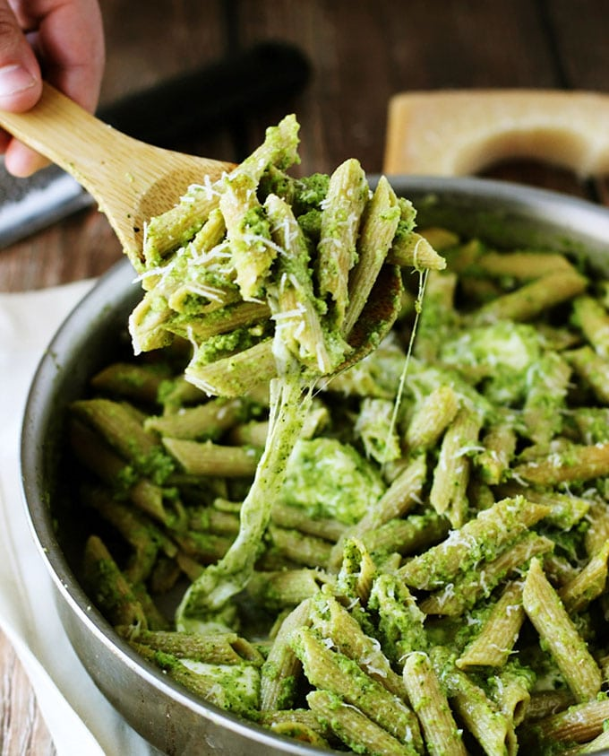 Need help eating all your greens? These 7 healthy broccoli recipes will make you want to eat broccoli at nearly every meal!
