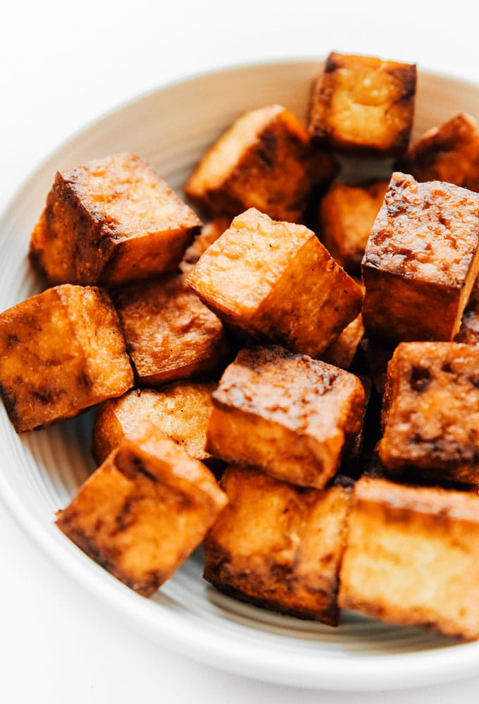Crispy tofu recipe in an air fryer - This vegan air fried tofu tastes like it's straight from the deep fryer (while being way lower in fat).