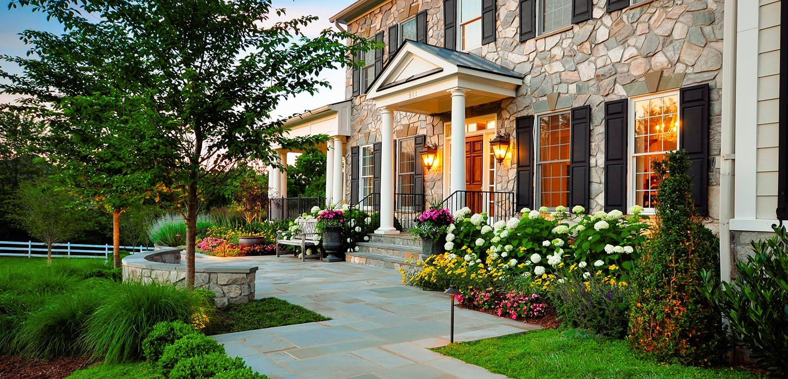 22 Most Beautiful Front Yard Landscaping Designs & Ideas ... on Backyard Lawn Designs  id=72788