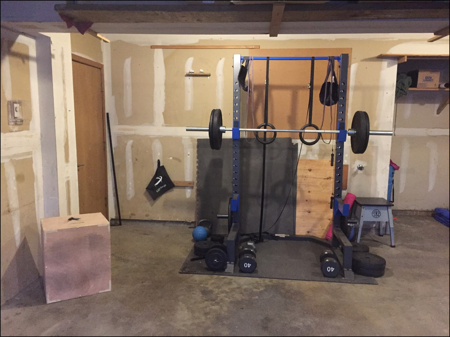 Build your own garage gym and ditch the monthly membership fees