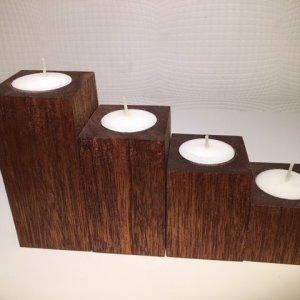 Set van 4 theelichthouders in Meranti-hout