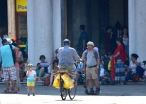 live-in-venice-stop-bicicletta-04