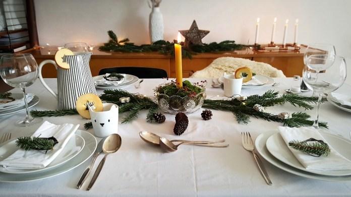 Nachhaltige Tischdekoration für Weihnachten