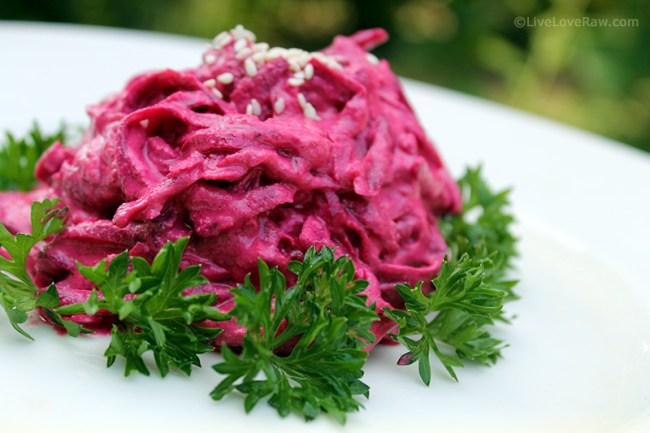 Raw vegan beetroot salad by Anya Andreeva