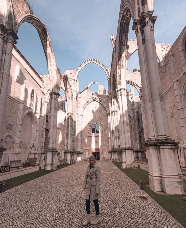 Carmo Convent. Find the best places in Lisbon for Instagrammable photos and when to go to get them to yourself!