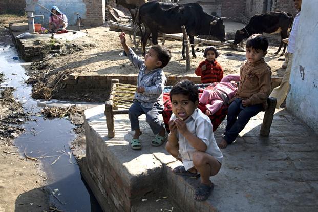 https://i1.wp.com/www.livemint.com/rf/Image-621x414/LiveMint/Period1/2013/08/13/Photos/rural_sanitation--621x414.jpg