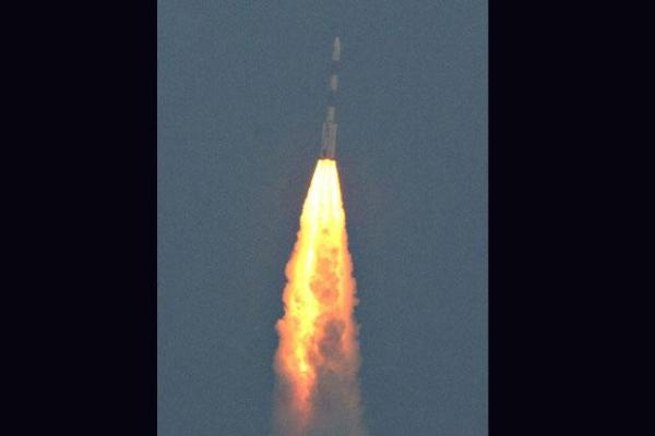 Indias Mars mission passes its first test Livemint