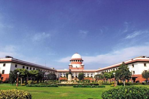 Centre to SC: Refer Aadhar case to 5-judge bench