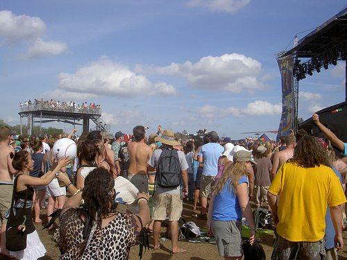 crowd-sun.jpg