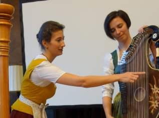 Elisabeth Biller und Veronika Estner