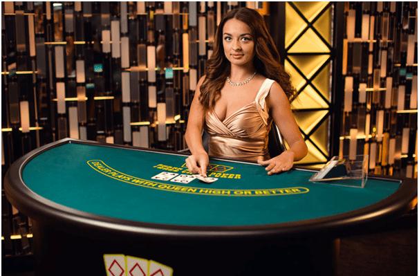 Live casino poker tournament strategy casino plan de campagne ouvert le 15 aout