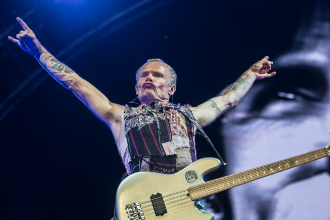 red-hot-chili-peppers-festival-nyon-18-07-2017-11