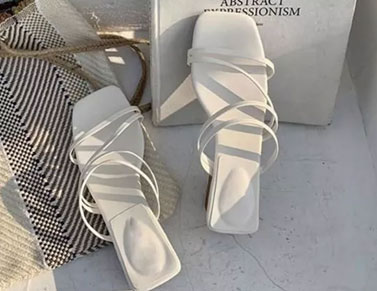 Kitten-heel fashion women's summer shoes