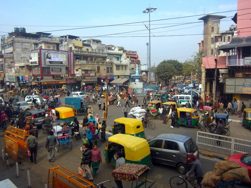 Photos to fall in love with India: The chaos of Delhi near Chandni Chowk market - LiveRecklessly