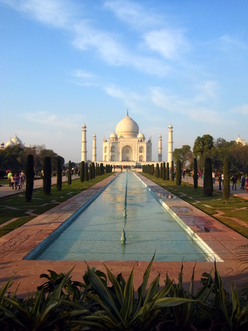 Photos to fall in love with India: Taj Mahal without the crowds - LiveRecklessly