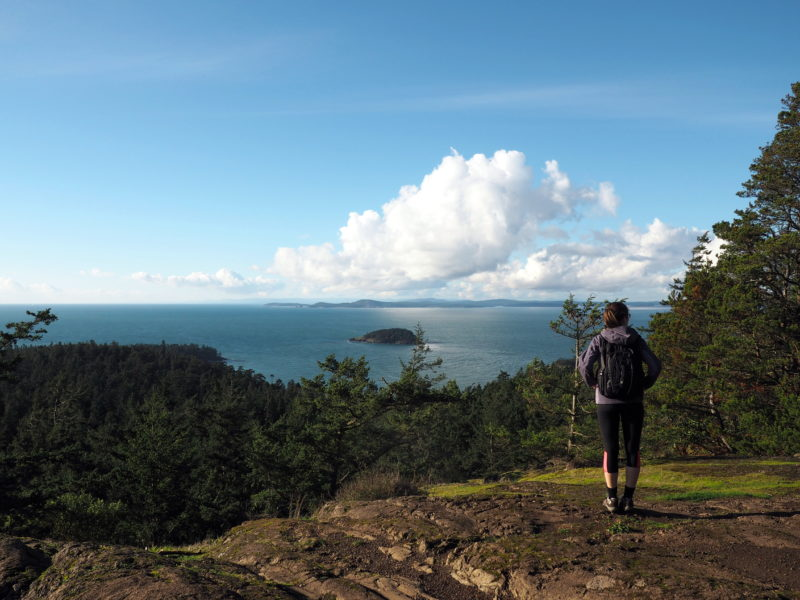 Best sights and hikes in Deception Pass State Park- LiveRecklessly.com