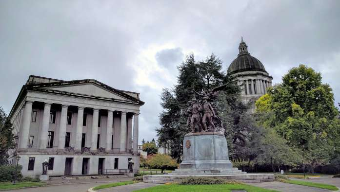Beautiful campus at Washington State Capitol Building - Exploring town on a rainy weekend in Olympia, Washington's funky capital city - LiveRecklessly.com