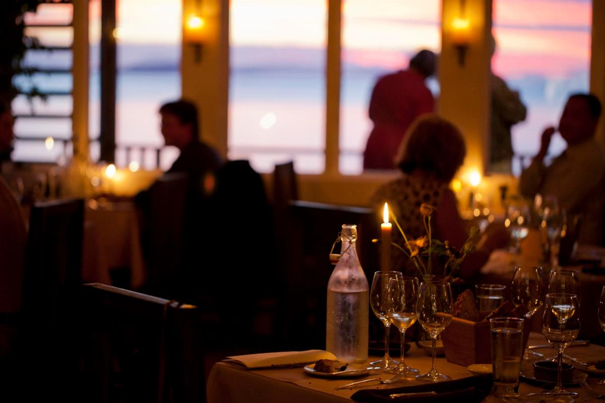 10 fantastic fall weekend getaways in Washington State: Willows Inn Lummi Island - LiveRecklessly.com