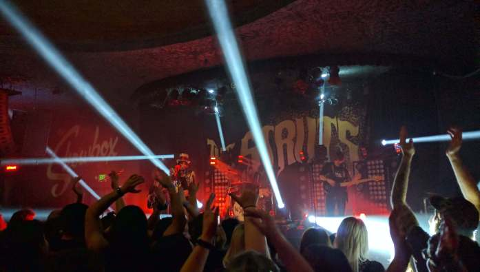 Expat Escapades November 2016 - LiveRecklessly.com - The Struts