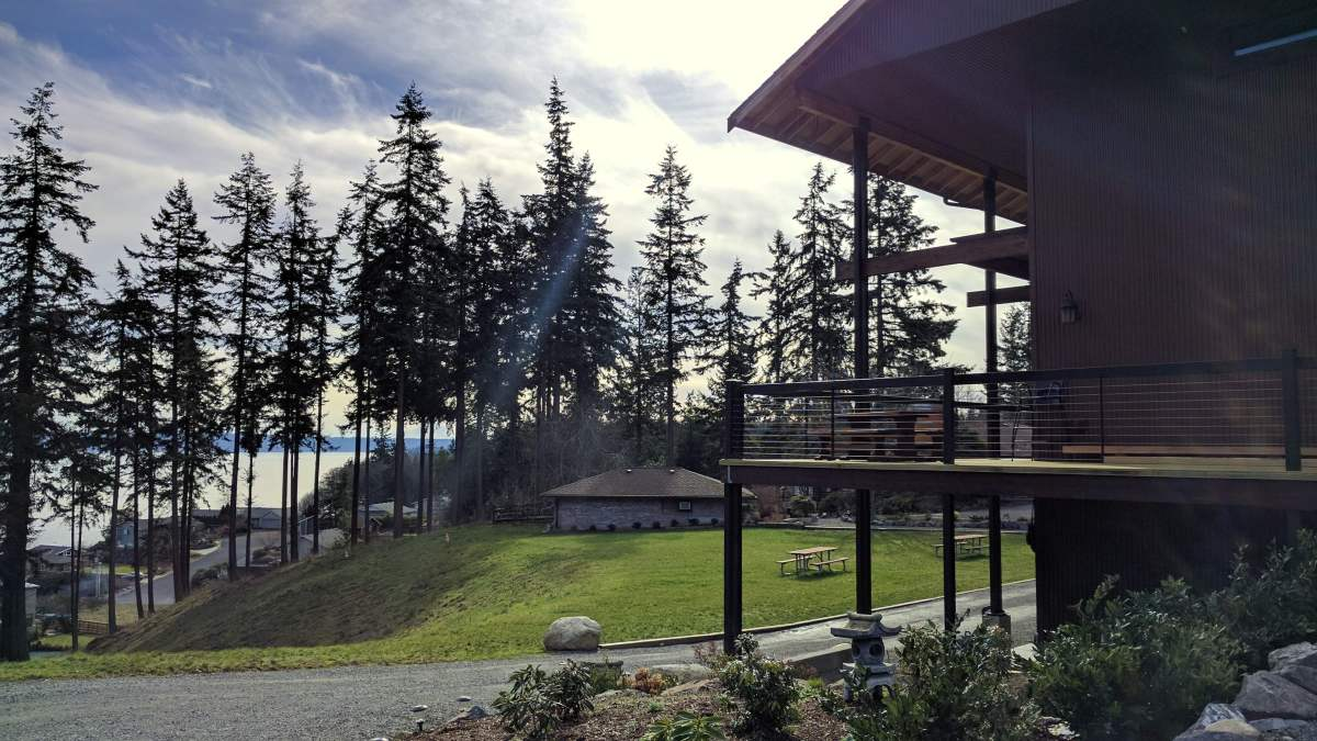 Comforts of Whidbey: Red wine and chocolate overload on the Whidbey Island Wine Trail - LiveRecklessly.com