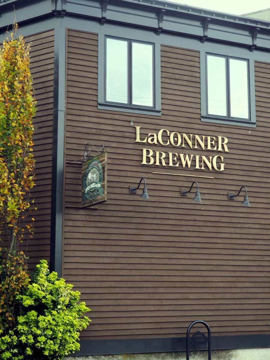 Drinks - La Conner Brewing - Ultimate Weekend Guide to La Conner Washington - Live Recklessly