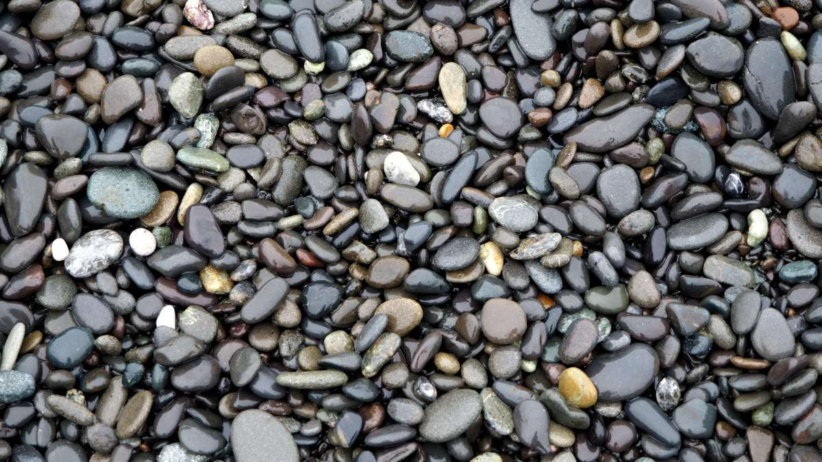 Rialto Beach pebbles - An Olympic National Park road trip - Live Recklessly