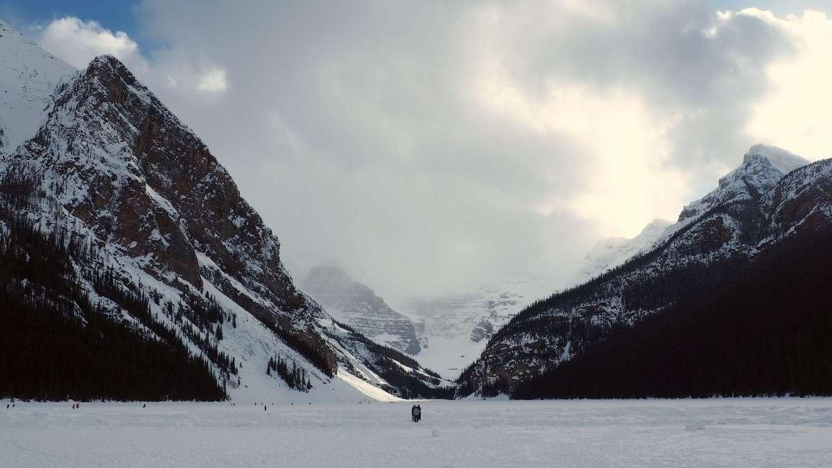 Expat Escapades April 2017 Lake Louise - Live Recklessly travel blog