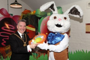 Lord Mayor meets the Easter Bunny