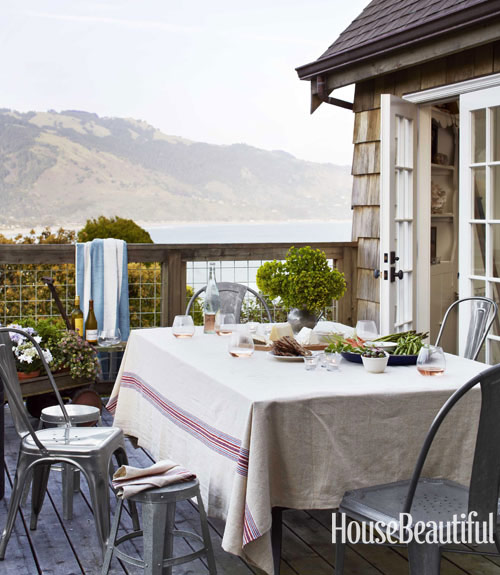 outdoor-dining-area-modern-metal-seating-0712-dempster24-xl