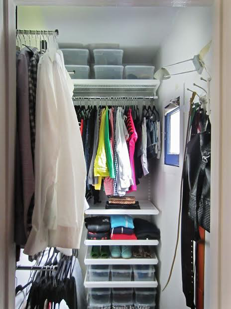 This tiny closet space gets a complete transformation! Tips to steal here for maximizing space in all small closets.