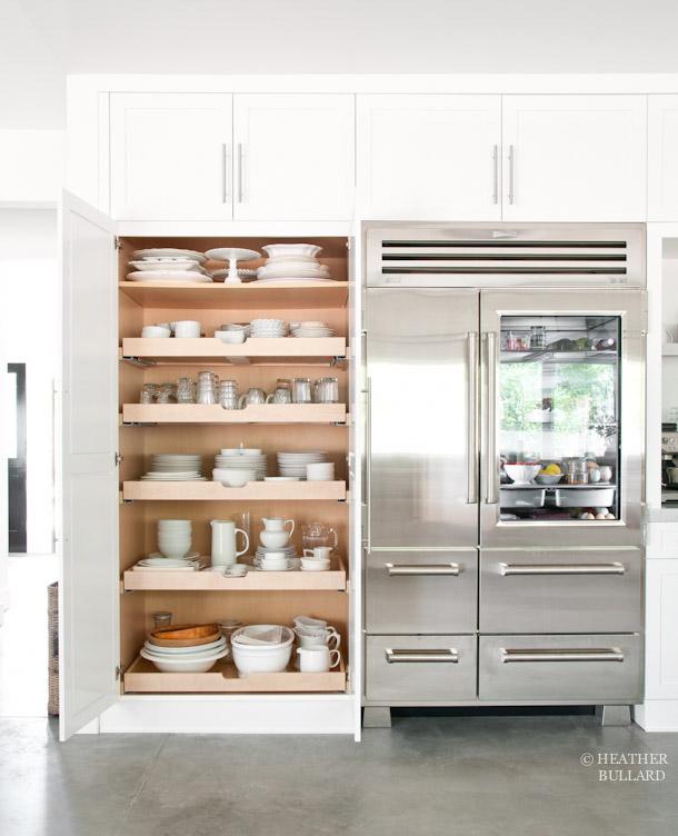 26 rules for ideally designed kitchen storage live for Live kitchen design