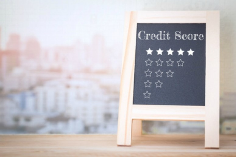 White board with Credit Score stars