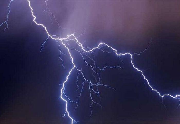 Νέο κύμα κακοκαιρίας έως τη Δευτέρα με καταιγίδες και θυελλώδεις ανέμους